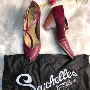 Seychelles Plum Retro Inspired T-Strap Heels - 8